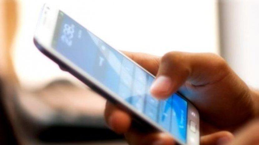Buat Main Judi Online Petugas Counter Nekat Mencuri 4 HP
